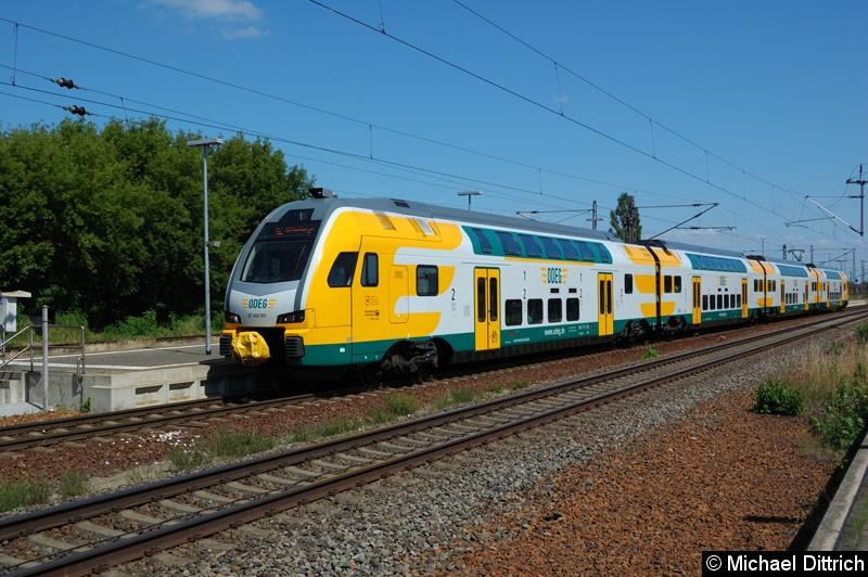 Bild: ET 445.105 als RE2 in Nauen.