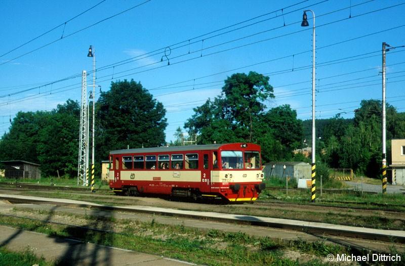 Bild: 810 522 als Os 18114 auf dem Weg nach Volary.