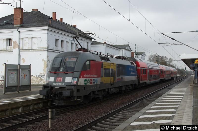 182 016 als RB80 nach Bitterfeld, ab da weiter als S2 nach Leipzig-Connewitz in Jüterbog.