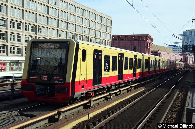 484 001 + 484 004 als Linie S3 zwischen Alexanderplatz und Jannowitzbrücke.