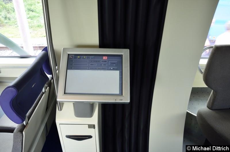 Fahrgastinfo aus dem Jahr 2008. Sie hat sogar noch teilweise funktioniert.