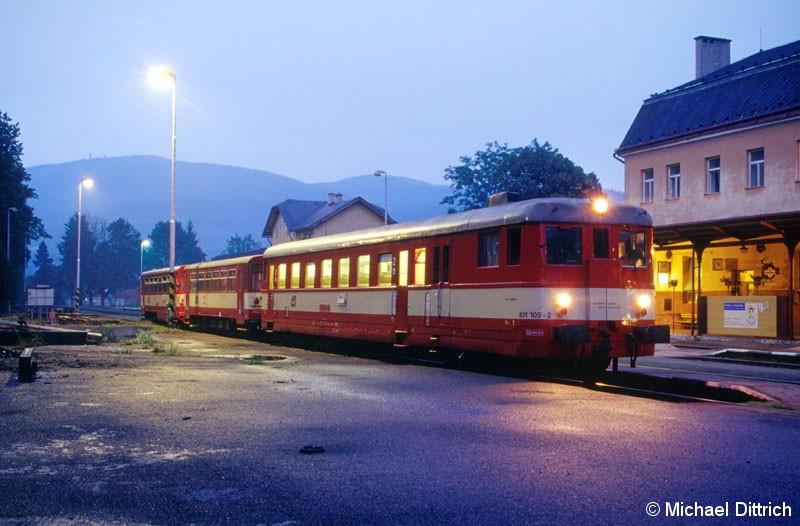 Bild: Als Os 3626 kam 831 105 am Abend des 14.07.2002 in Jesenik vorbei.
