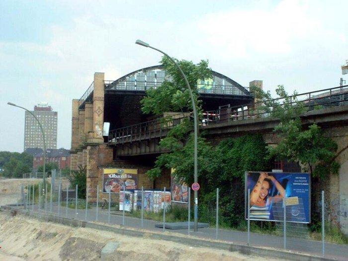 Bild: Blick auf den Lehrter Bahnhof. Aufgenommen am 23.06.2002