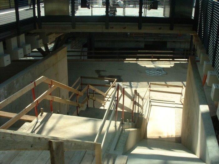 Bild: Ein zukünftiger Abgang am S-Bahnsteig. Aufgenommen am 05.07.2002