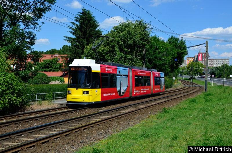Bild: 1510 als Linie M6 kurz vor der Haltestelle Landsberger Allee/Rhinstr.