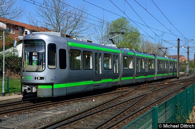 Bild: 2577 + 2550 als Linie 3 in Wettbergen.