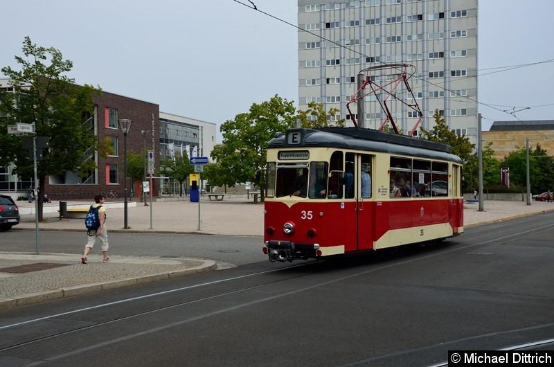 Wagen 35 als Sonderfahrt zur Kopernikusstr. in der Logenstraße.