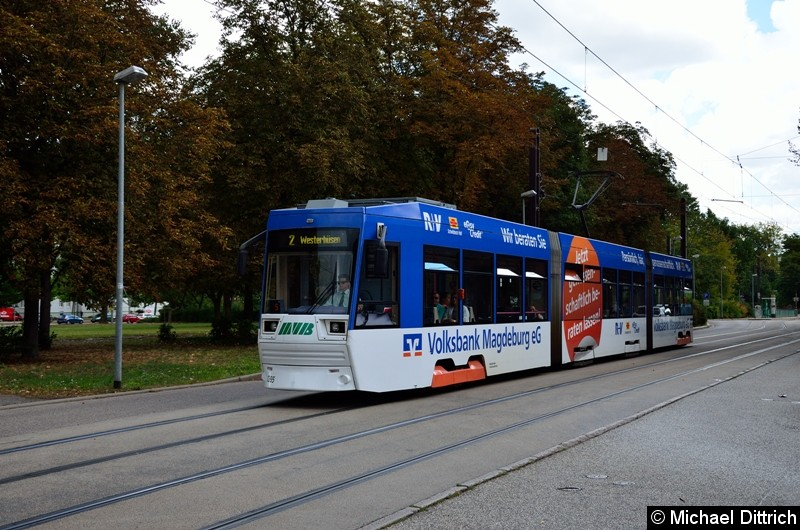 Bild: 1365 als Linie 2 in der Listemannstr. kurz vor der Weitlingstr.
