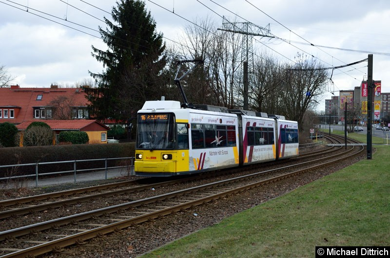 Bild: 1523 als Linie 16 zwischen den Haltestellen Dingelstädter Str. und Landsberger Allee/Rhinstr.