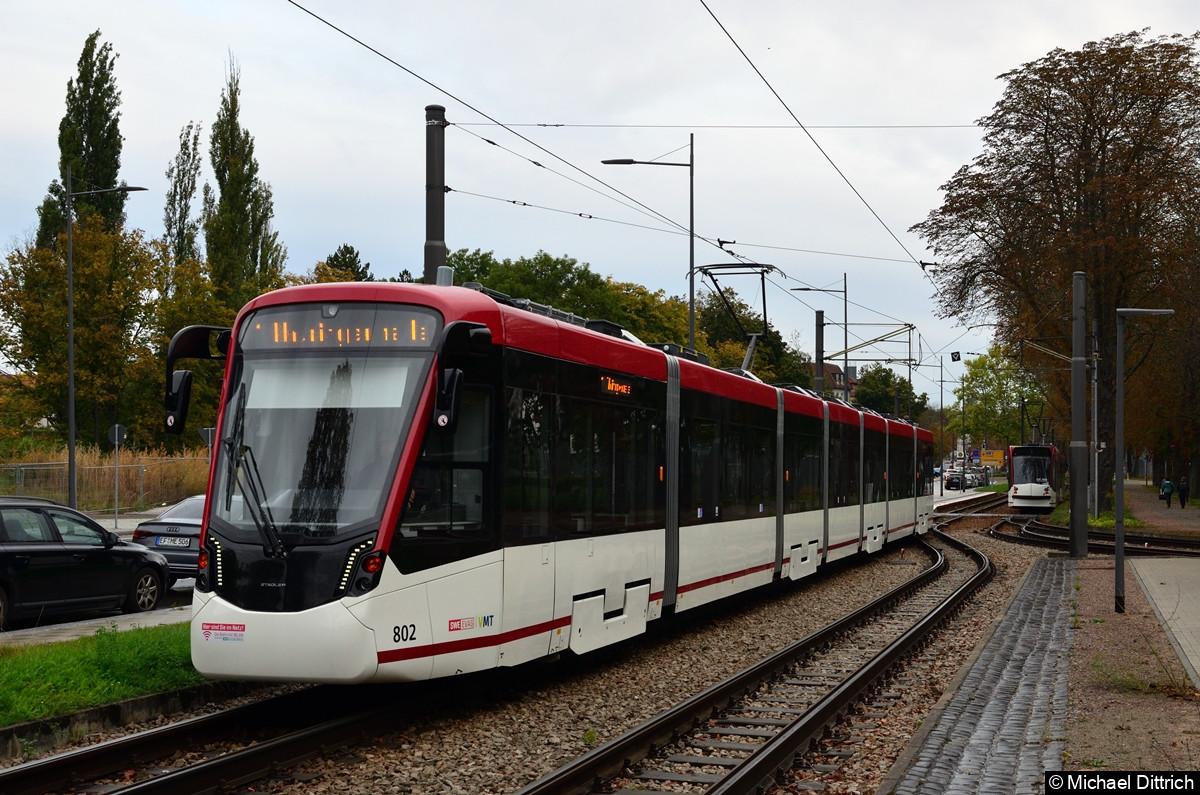 802 als Linie 1 an der Thüringenhalle.