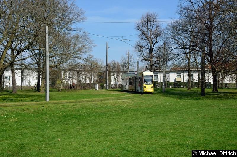 1321 als Linie 2 in der Wendeschleife Naunhofer Str.