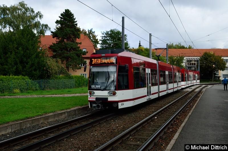 604 und 602 als Linie 3 kurz vor der Haltestelle Agentur für Arbeit.