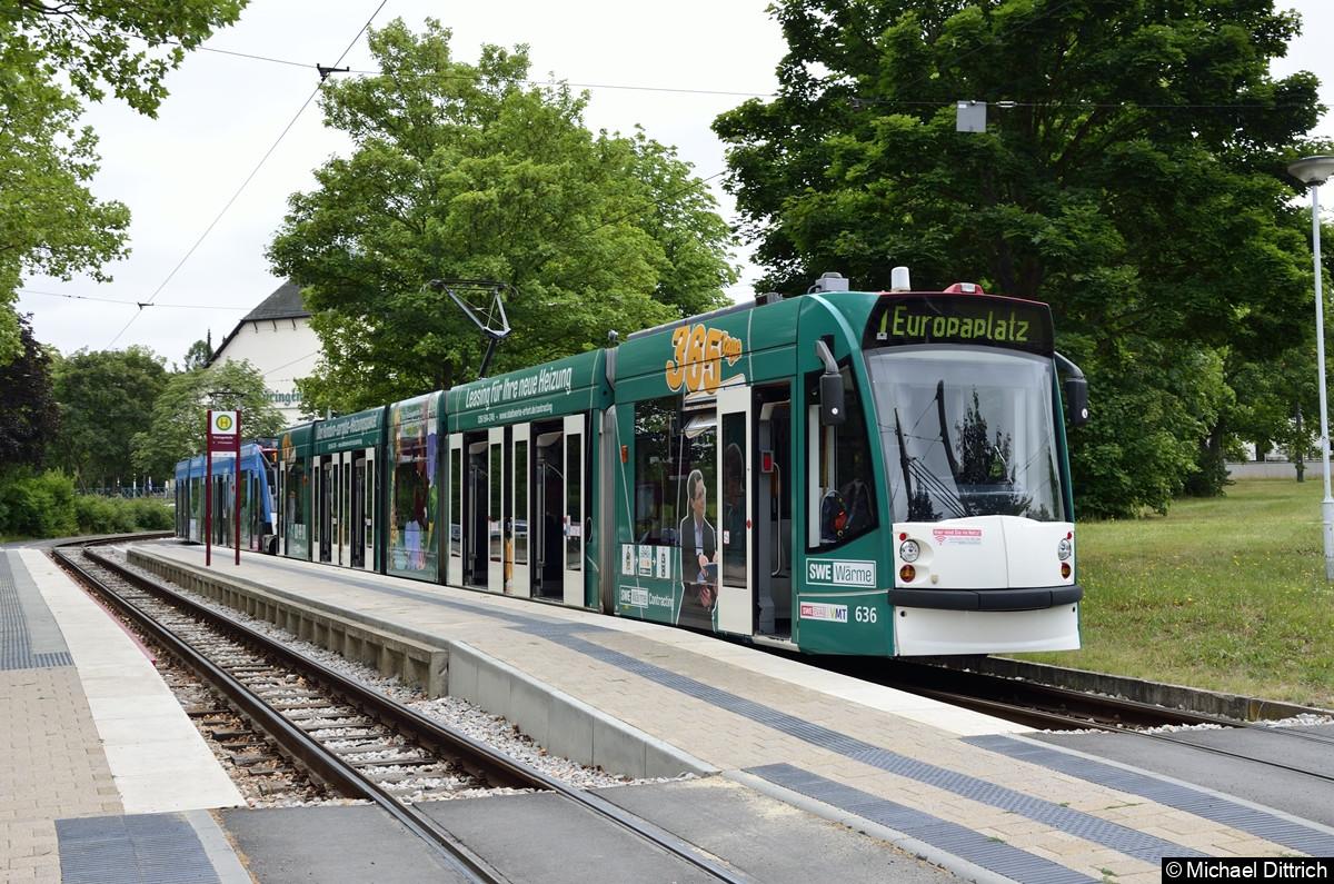 636 + 625 als Linie 1 an der Haltestelle Thüringenhalle.