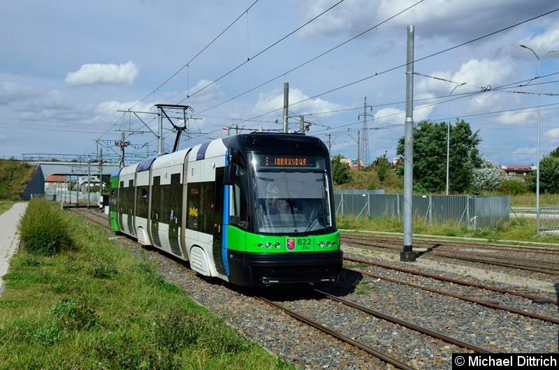 Wagen 822 als Linie 8 kurz vor der Haltestelle Turkosowa.