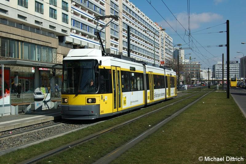 Bild: 2013 als Linie M4 an der Haltestelle Spandauer Straße/Marienkirche.