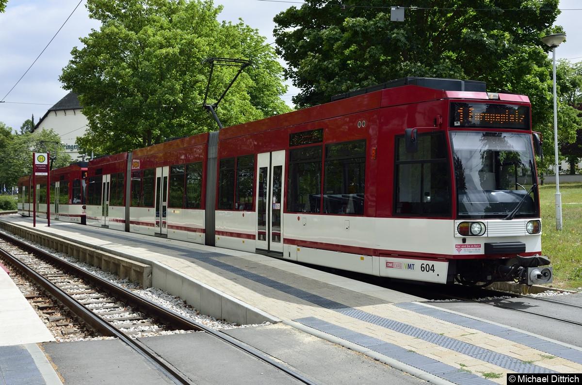 604 + 602 als Linie 1 an der Haltestelle Thüringenhalle.
