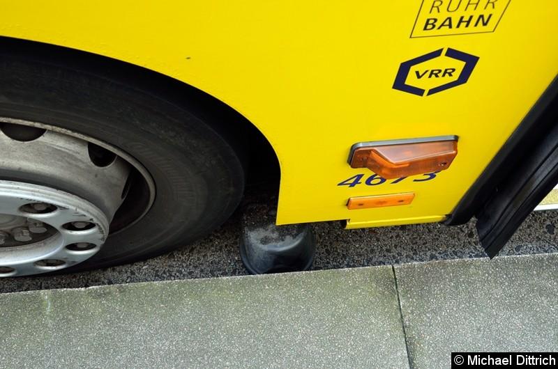 Blick auf die Spurführung der Spurbusse. Nicht alle Fahrzeuge haben diese Ausrüstung.