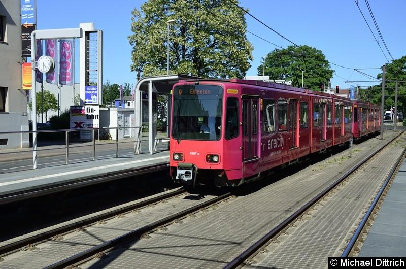 Bild: 6257 als Linie 9 an der Haltestelle Bauweg.
