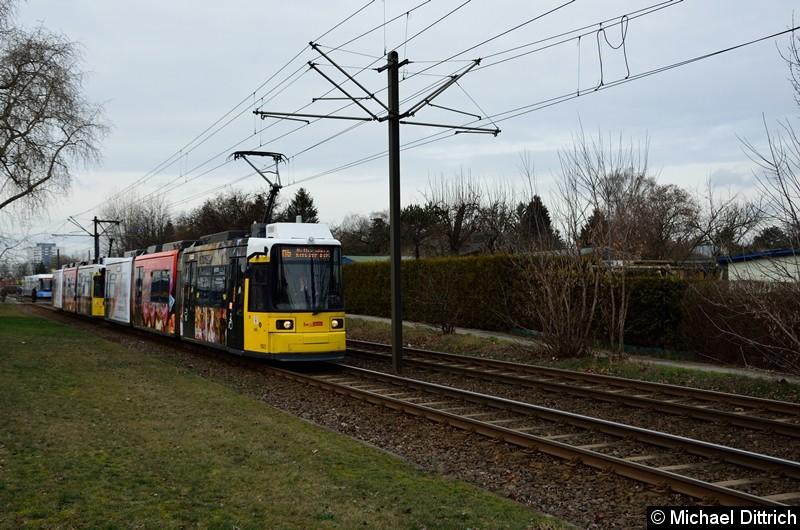 Bild: 1503 + 1575 als Linie M6 kurz hinter der Haltestelle Landsberger Allee/Rhinstr.