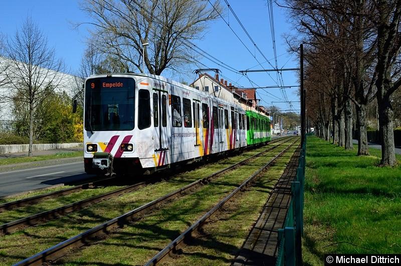 Bild: 6231 + 6112 als Linie 9 zwischen den Haltestellen Bauweg und Körtingsdorfer Weg.