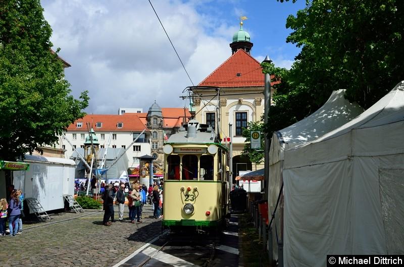 Bild: Wagen 23 als Linie 77 in der Endstelle Hartstr.