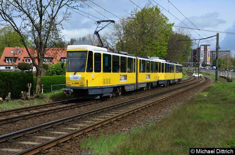 6154 + 6033 als Linie M6 zwischen den Haltestellen Landsberger Allee/Rhinstr. und Dingelstädter Str. Letzter Einsatztag der KT4D in Berlin.