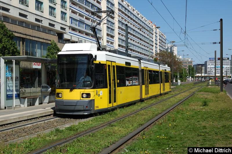 Bild: 2006 als Linie M5 an der Haltestelle Spandauer Str./Marienkirche.