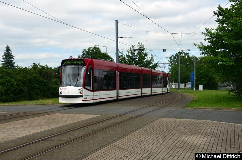 Combino 649 und 702 erreichen als Linie 2 die Endstelle Messe/ega.