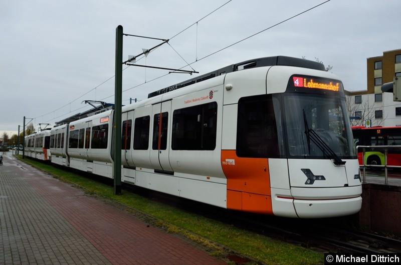 Wagen 5005 und 5013 als Linie 4 an der Endstelle Lohmannshof.