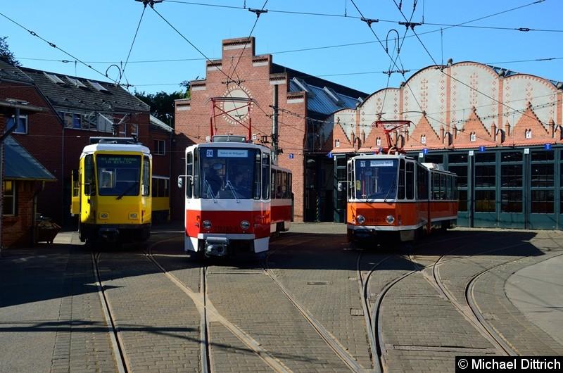 5117 + 5563 (T6A2mod), 219 282-8 und 219 481-3 vor den Hallen des Betriebshof Köpenick.
