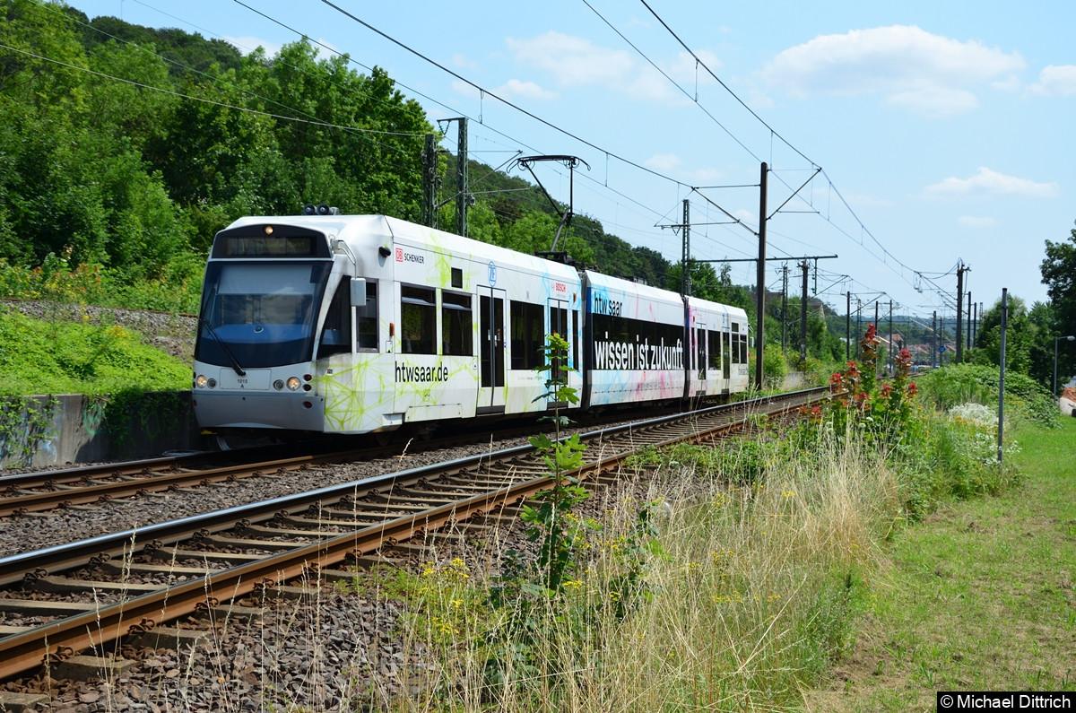 1024 kehrt wieder aus Brebach zurück und will nach Heusweiler Markt.