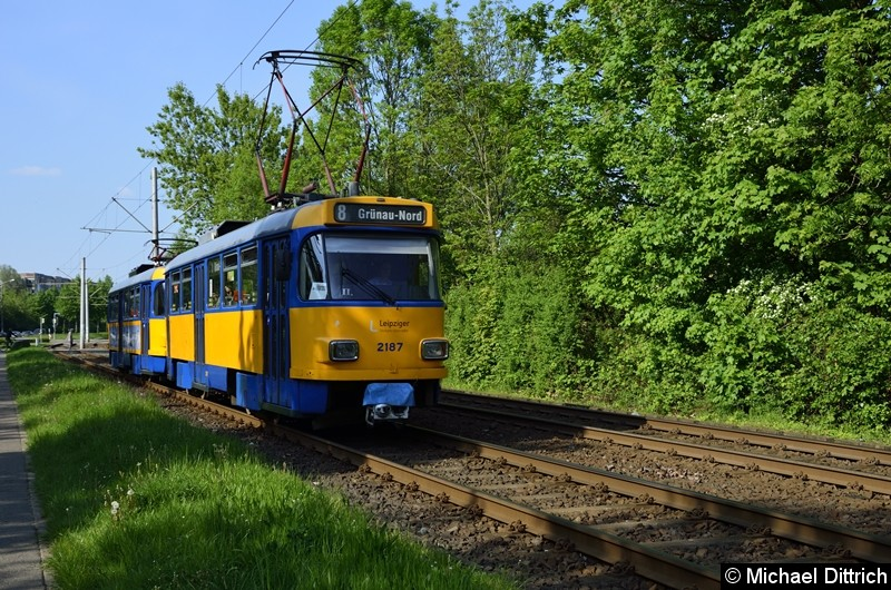 2187 + 2184 als Linie 8 zwischen den Haltestellen Am Vorwerk und Strabf. Paunsdorf.