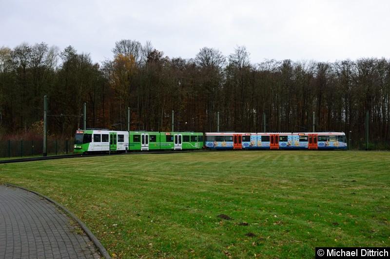 Wagen 566 und 567 als Linie 4 in der Wendeschleife Lohmannshof.