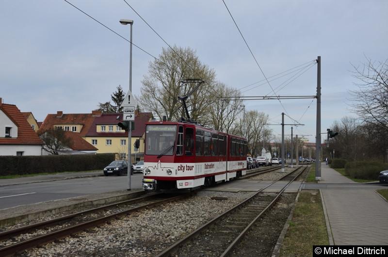 522 als Stadtrundfahrt in der Marie-Elyse-Kayser-Str.