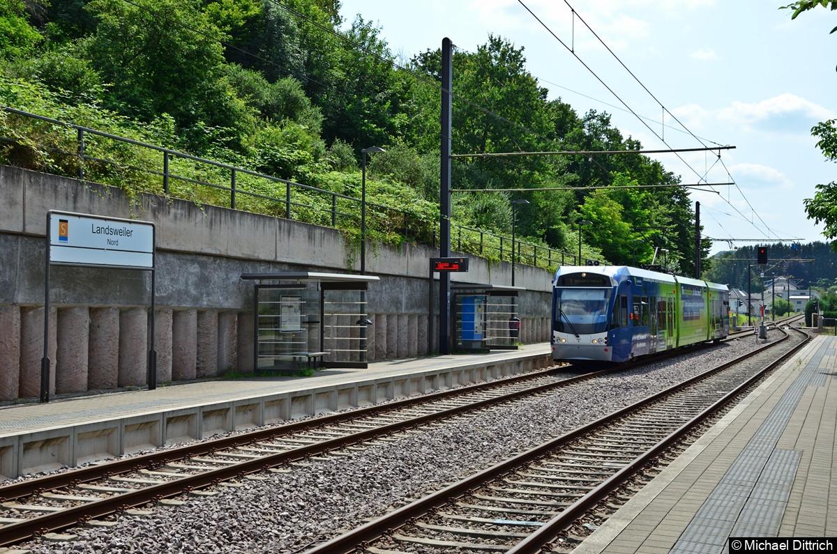 1007 erreicht die Haltestelle Landsweiler Nord mit Ziel Lebach Jabach.