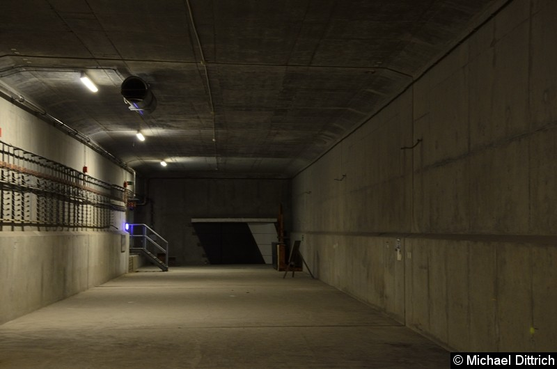Eigentlich sollte die U5 mal nach Turmstraße weiter gebaut werden. Hier ein Tunnel als Vorleistung.
